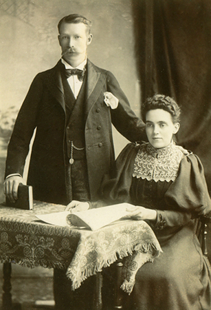 Nellie's Sister Polly Shellaker with 'husband' Frank 'Brown'